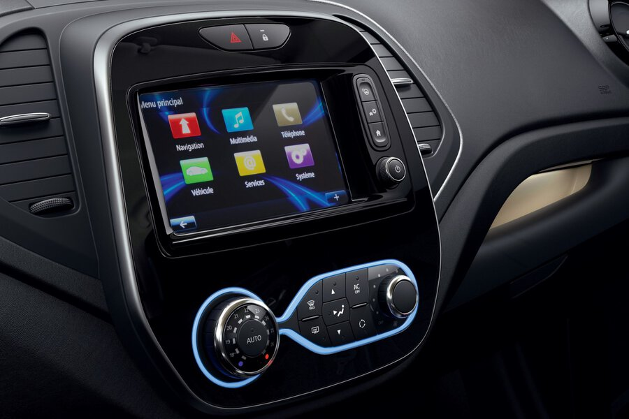 Apple Carplay® and Android® Auto connectivity