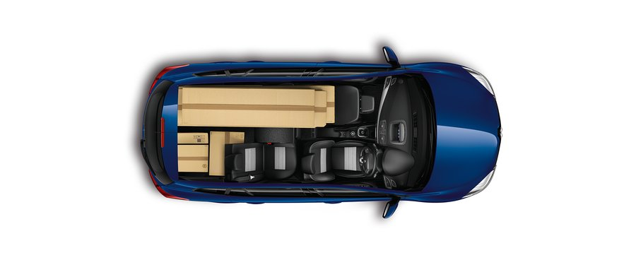 Flat spilt folding rear seats /