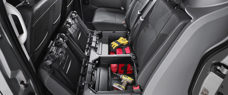 Additional L Rear Seat Storage
